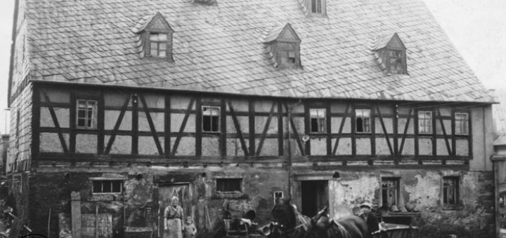 Ansicht des Bauerngutes um 1900